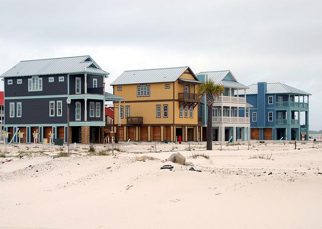 Quel type de menuiseries choisir pour une maison en bord de mer?
