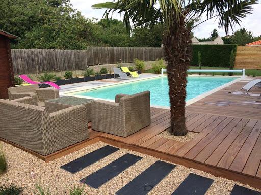 Comment aménager les abords de piscine extérieur
