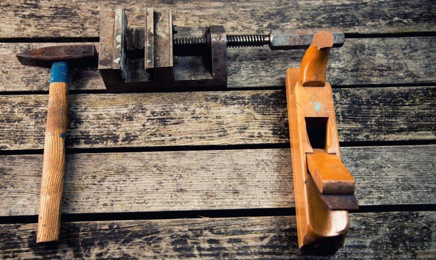 Améliorer la durabilité des menuiseries en métal grâce au grenaillage