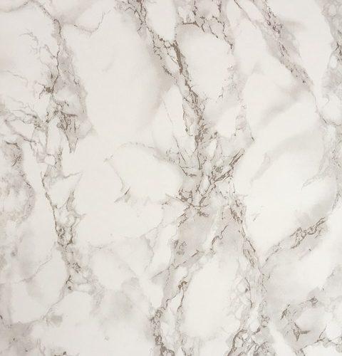 Peut-on peindre le marbre?