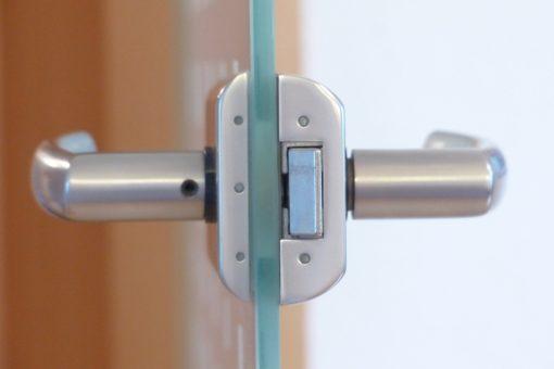 Quelles fermetures choisir pour protéger efficacement votre logement ?