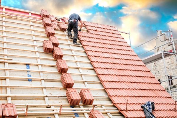 Rénover un toit: les 5 étapes pour vous aider dans la réalisation