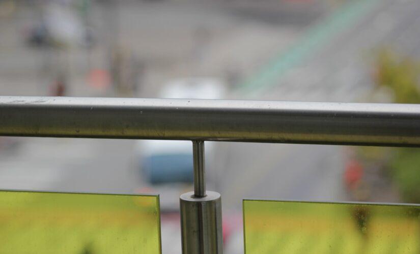 Balcon en aluminium : comment le nettoyer et le faire briller?